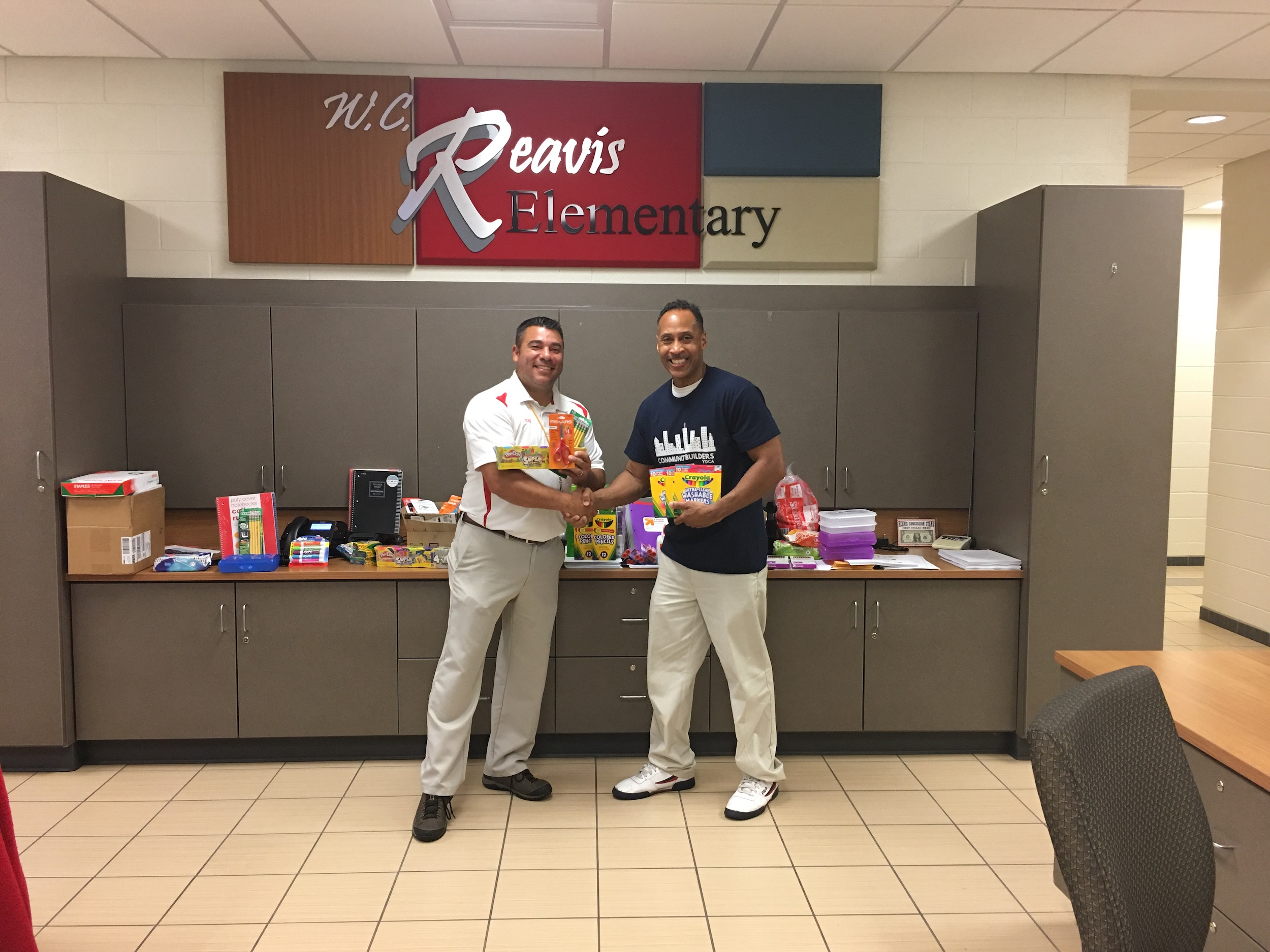 2019 Giving School Supplies Event – Lansing, IL